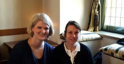 Annemarie Heeringa från CMK med Malin Roux Johansson