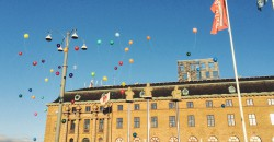Från den avslutande manifestationen på Drottningtorget.